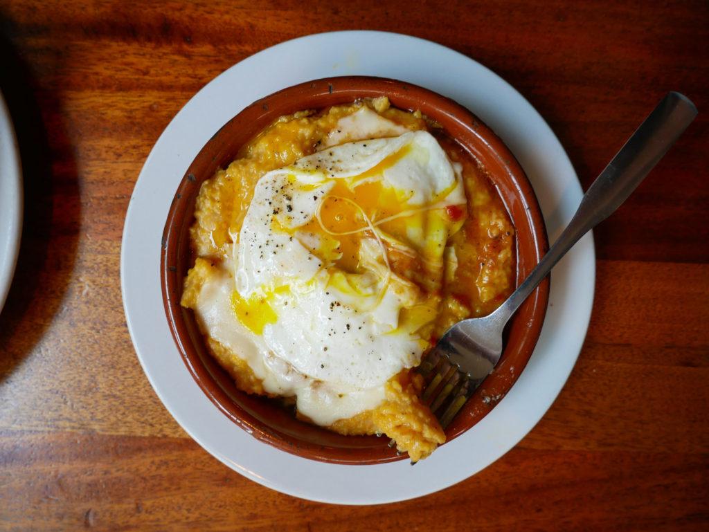 egg skillet at Tasty n Alder Portland Oregon