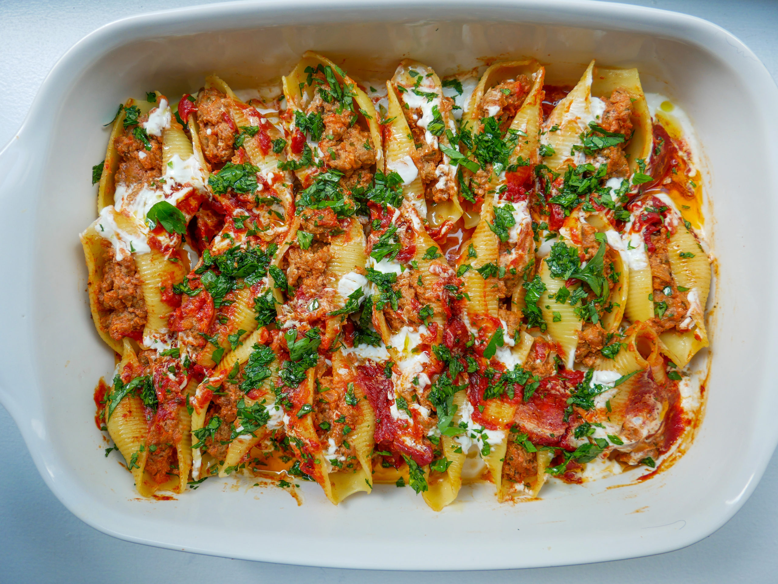 tangy tomato stuffed shells