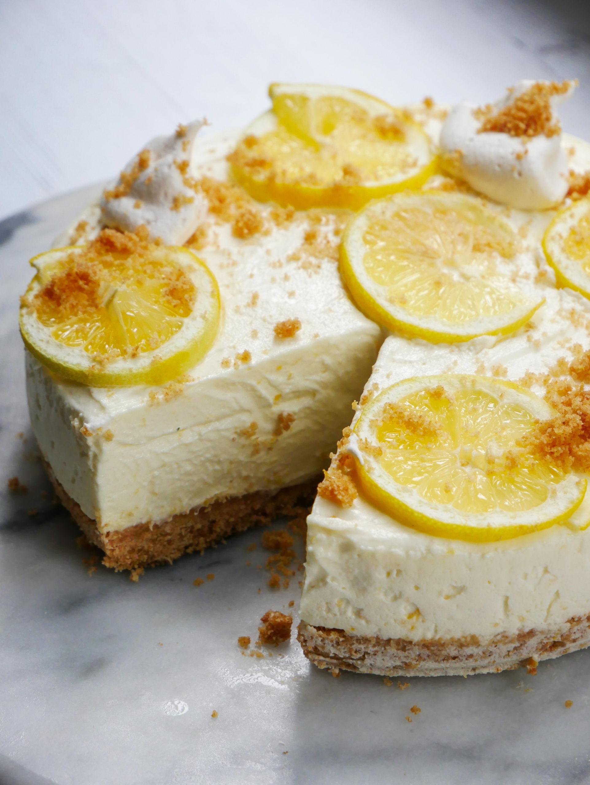 no bake lemon ricotta cheesecake with graham cracker crust