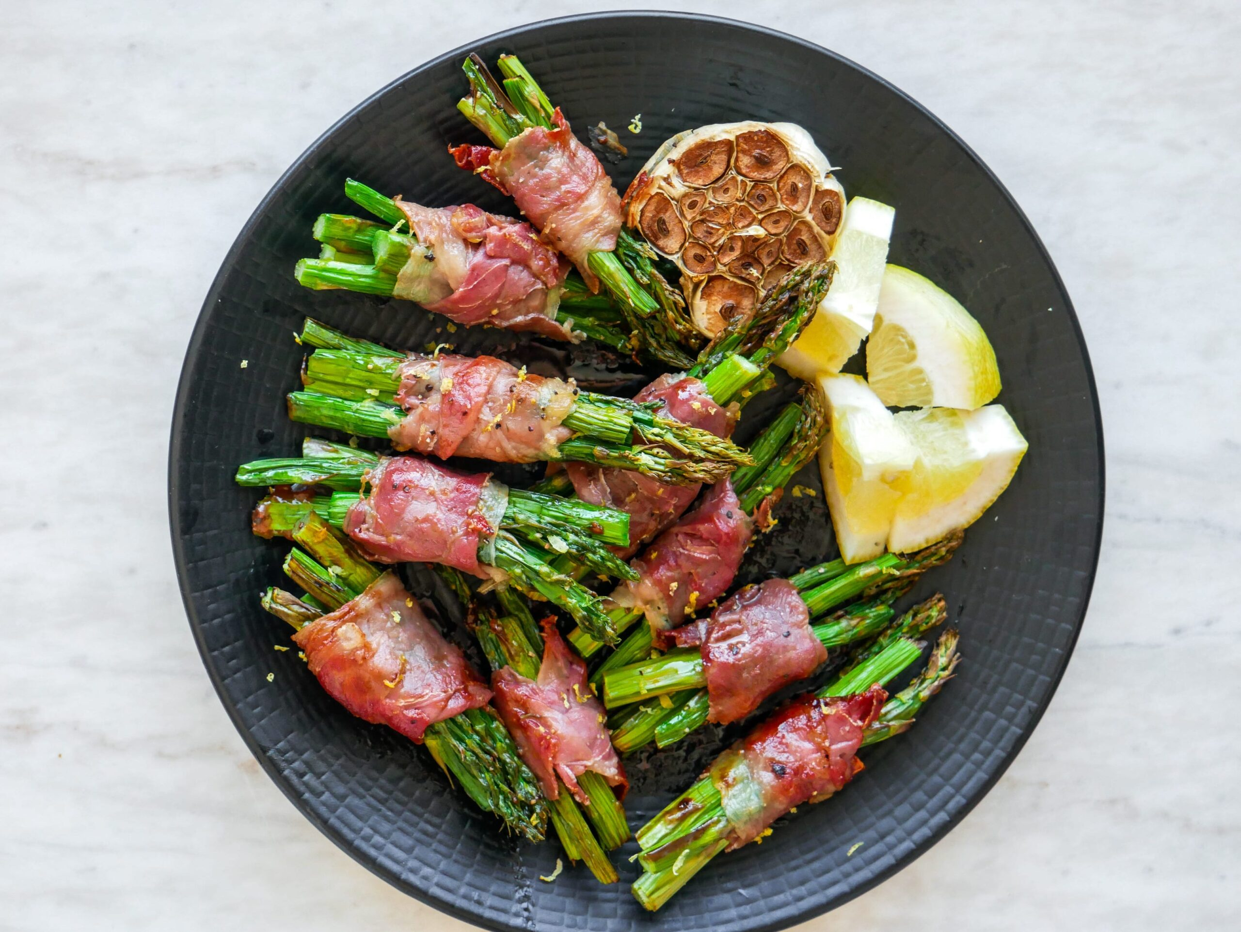 prosciutto wrapped asparagus bouquets