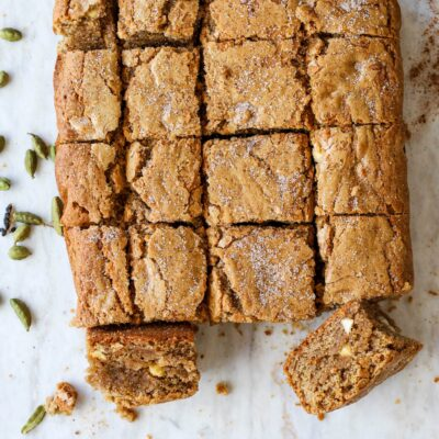 white chocolate chai blondies with cardamom