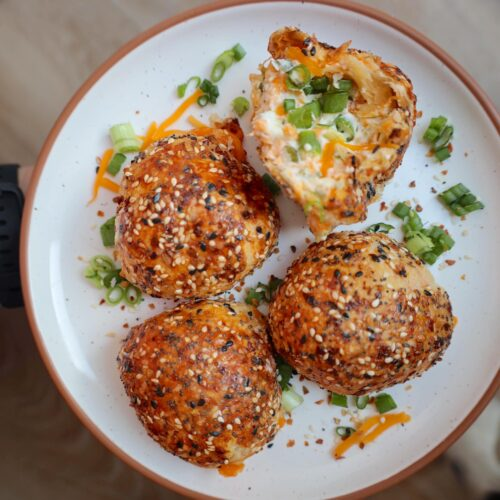 fully loaded cheesy everything bagel balls