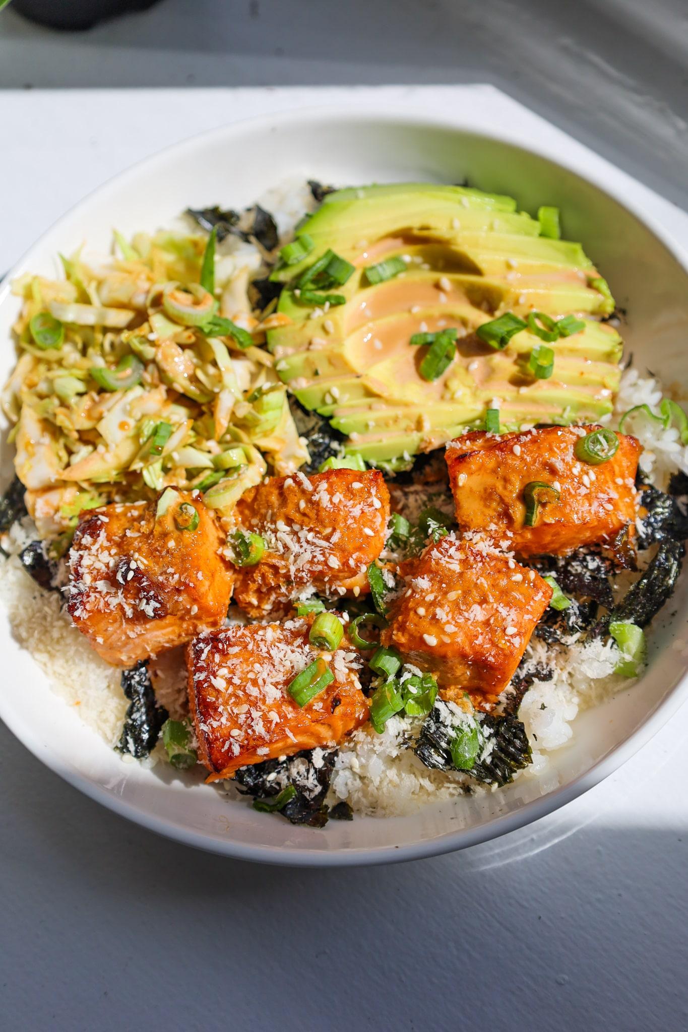 spicy salmon crunch bowl