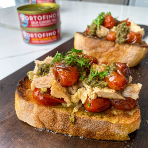 garlic tomato tuna toast